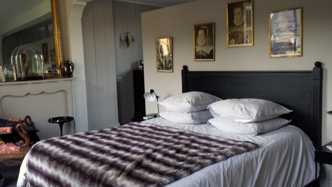 Comfortable bed in Normandy Bed and Breakfast Rosebud, Honfleur, Frace