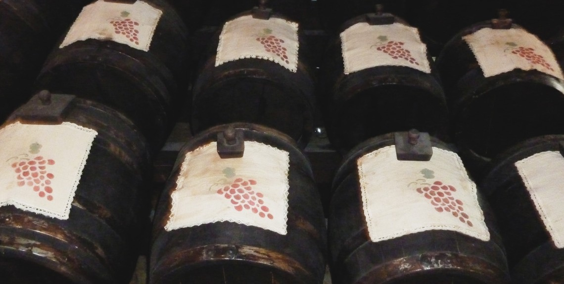 Batteria of Balsamic Vinegar Covered with Fabric